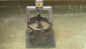 soak soil  swell dial gauge