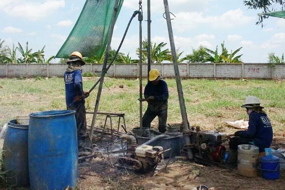 โครงการก่อสร้างอาคารเรียนเพื่อเด็กกำพร้า