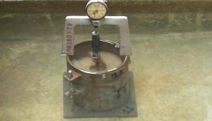 soak soil  swell dial gauge